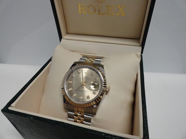 Rolex Replica Review, Photo And Video – Two Tone Datejust With Champagne Dial